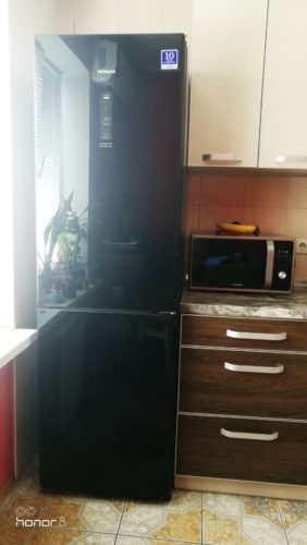 R-BG410PUC6XGBK_inthonor8-282x500 Холодильник Hitachi R-BG410PUC6XGBK (черный)