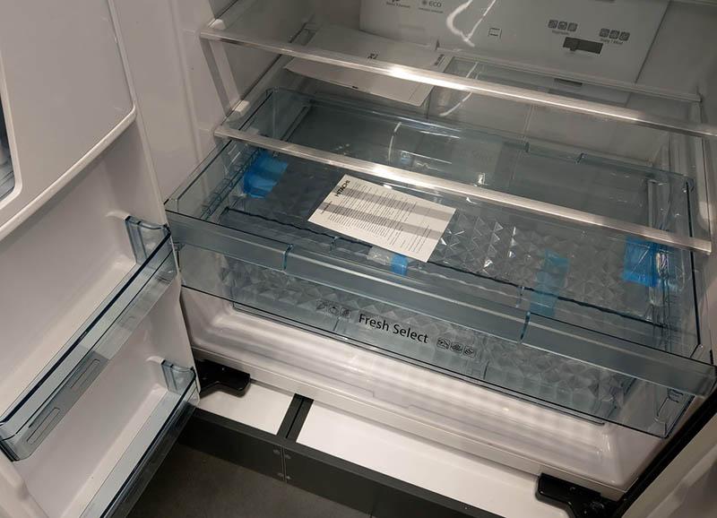 Hitachi_R-W660_zona_frez Через сколько можно включать новый холодильник
