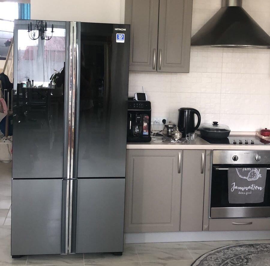 ref_HITACHI_R-WB730PUC5XGR_r1-e1585769507141 Холодильник для кухни-студии, дизайн.