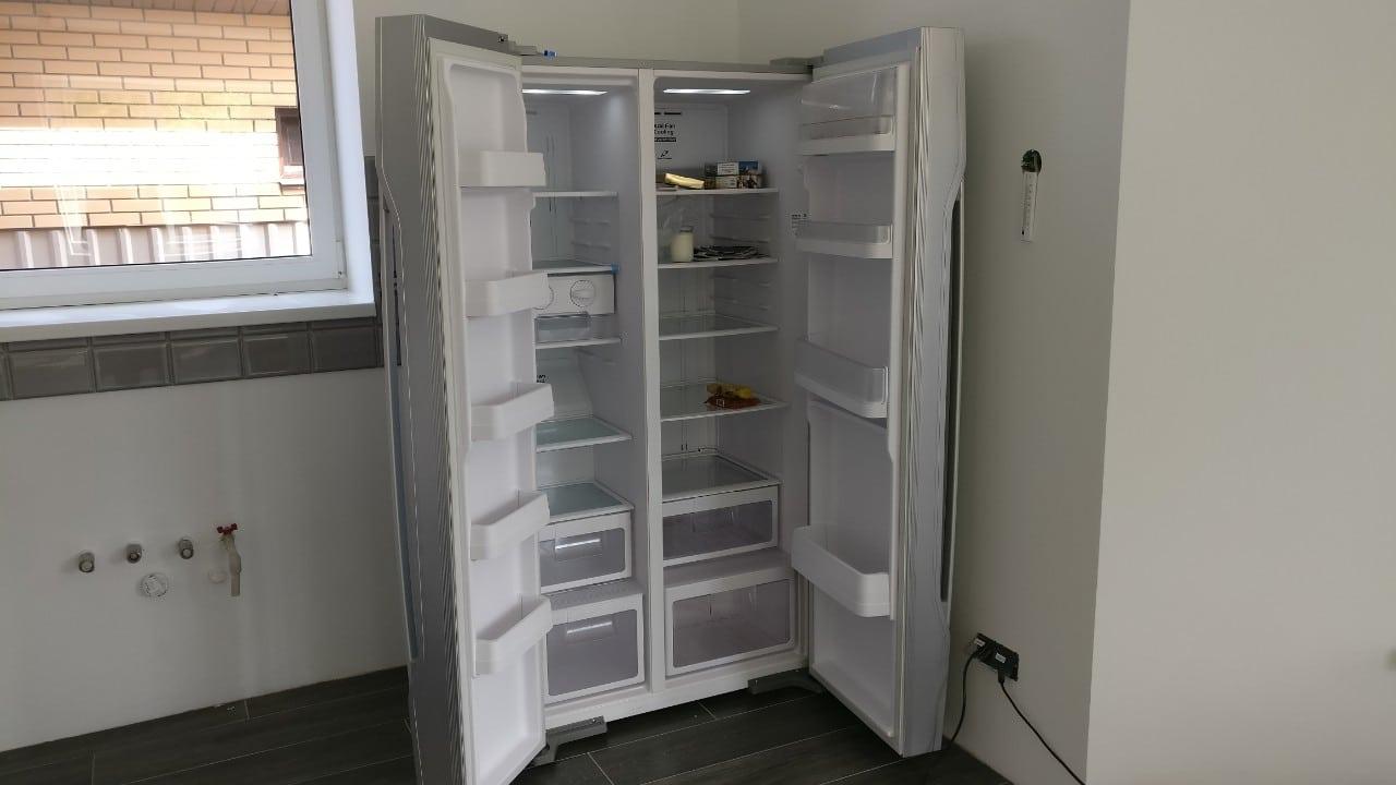 R-S700GPUC2GS_open Как занести на кухню большой холодильник