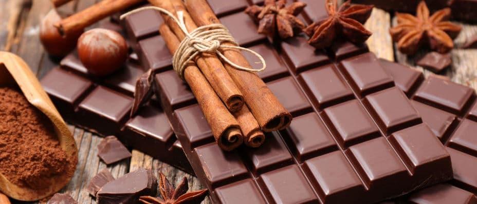 8949247 Нужно ли хранить шоколад в холодильнике
